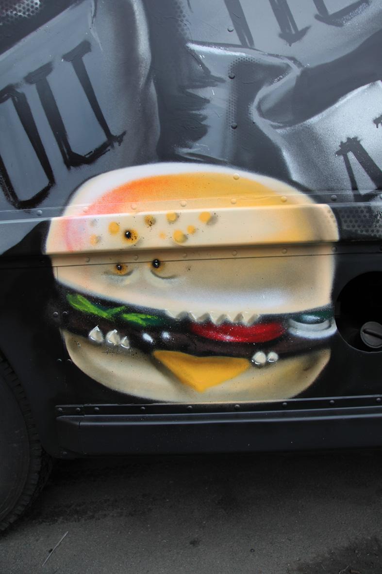 burger-grimmig