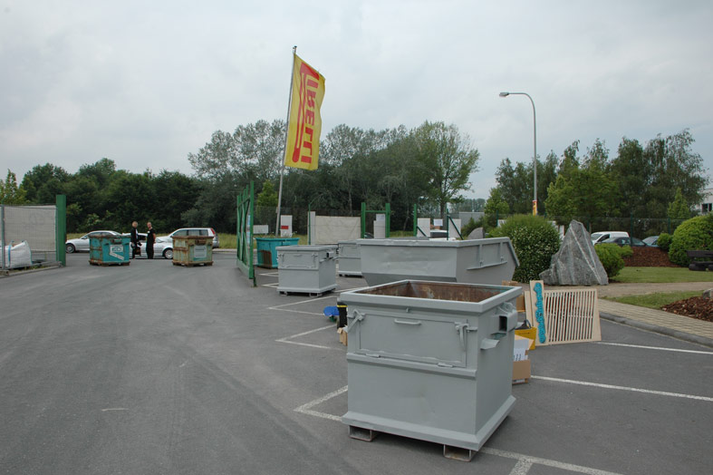 container-start