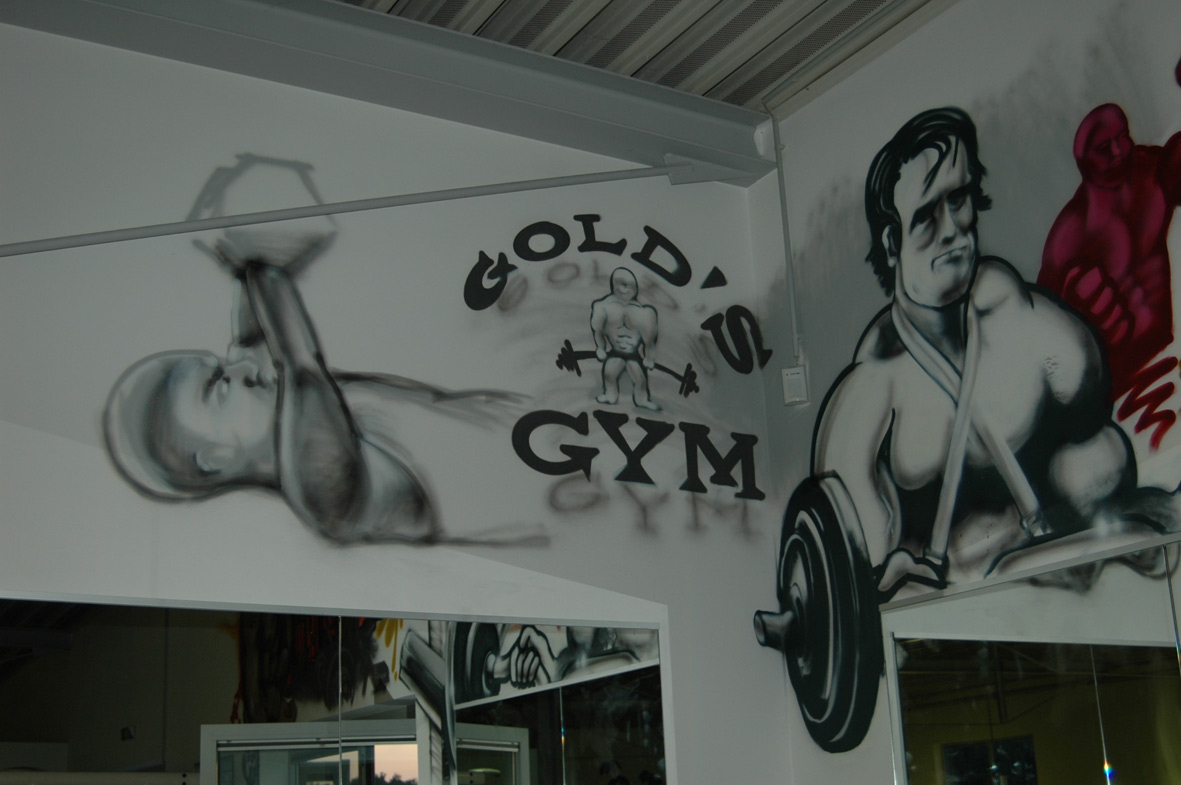 Golds_Gym_Graffiti