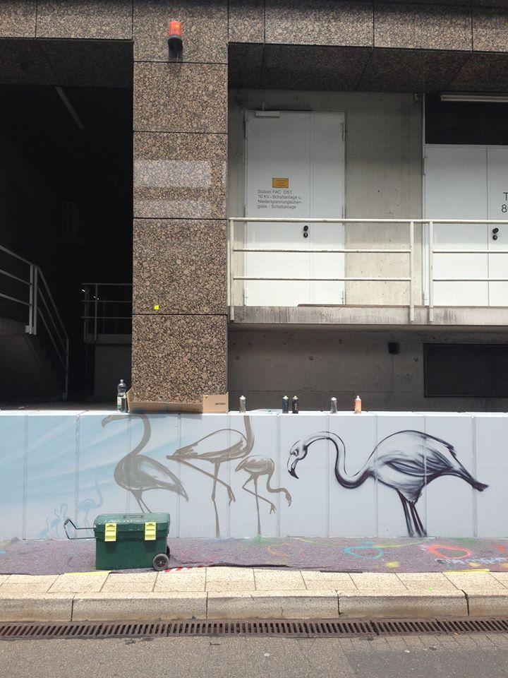 Flamingos_Airport_StreetArt