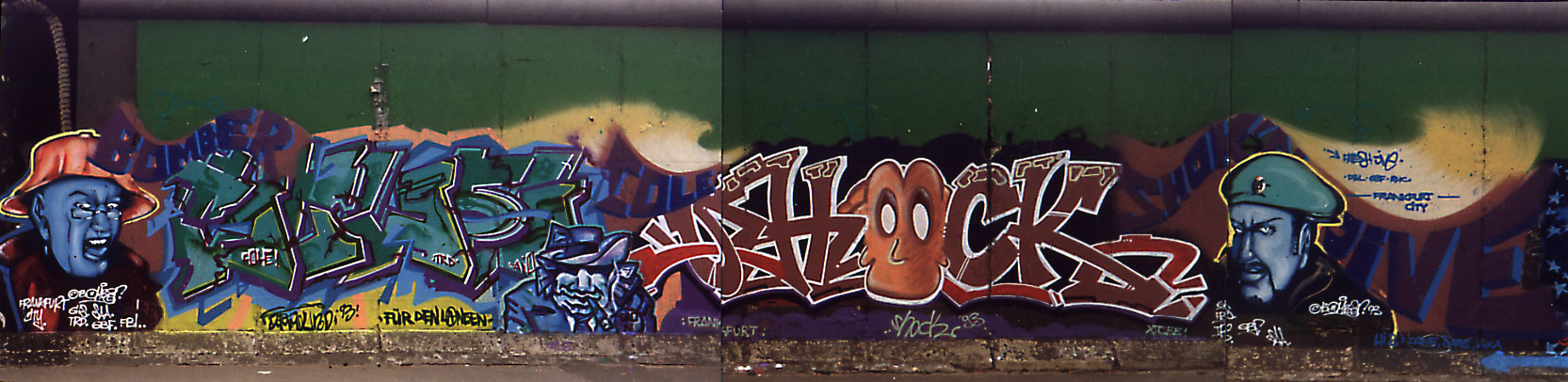 Graffiti Eastside Gallery 1993