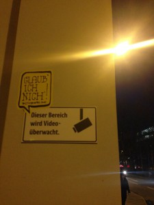 Glaub ich nich'! Sticker/Aufkleber. Street Urban Communication © Reality Fakebook Comment