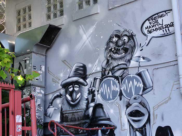 Batschkapp Fassade Graffiti 2004