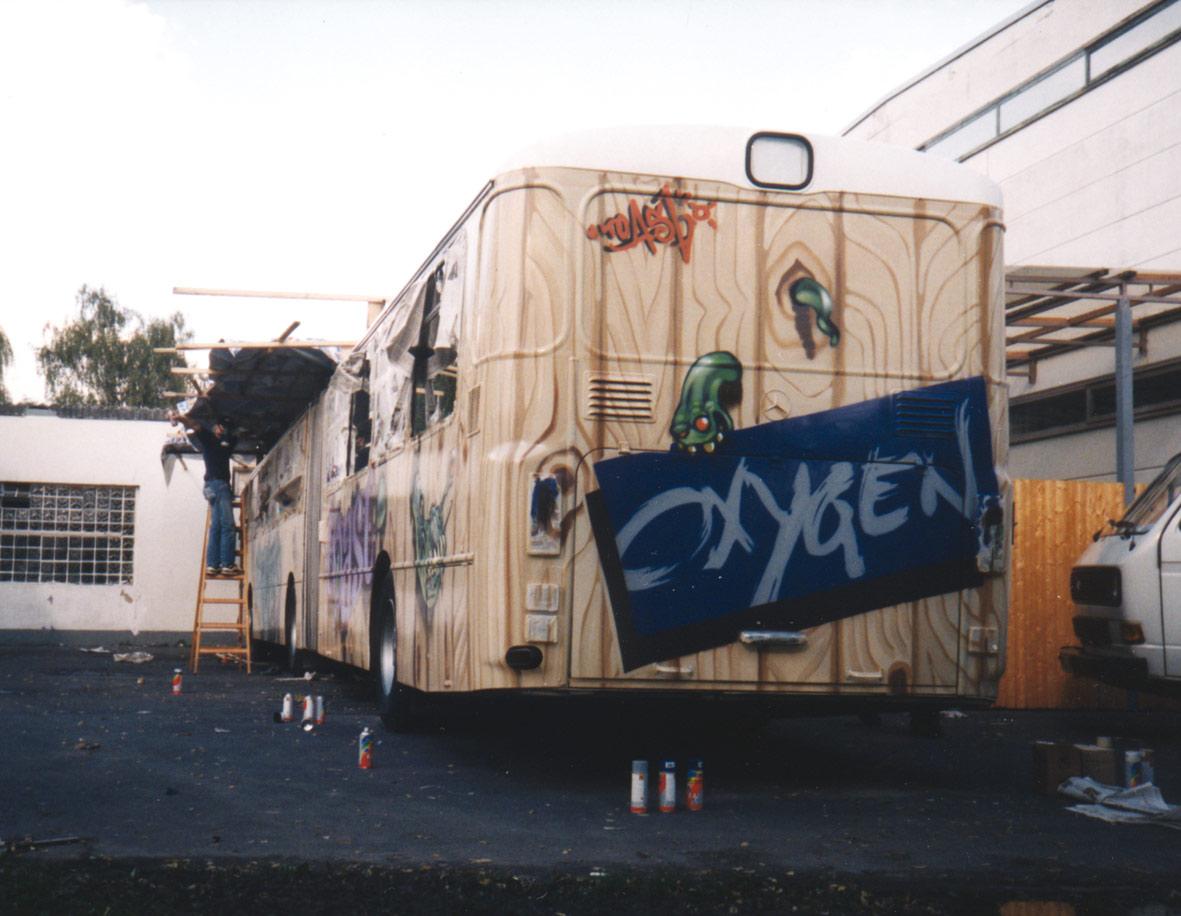 bus-hinten